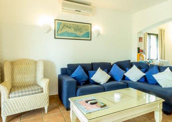 Dunas Douradas apartment 303a lounge