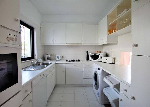615 dunas douradas kitchen