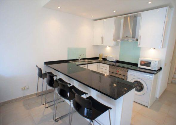 637BB Vale do Lobo kitchen