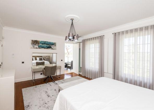 26 val verde (now 11 val verde), double bedroom