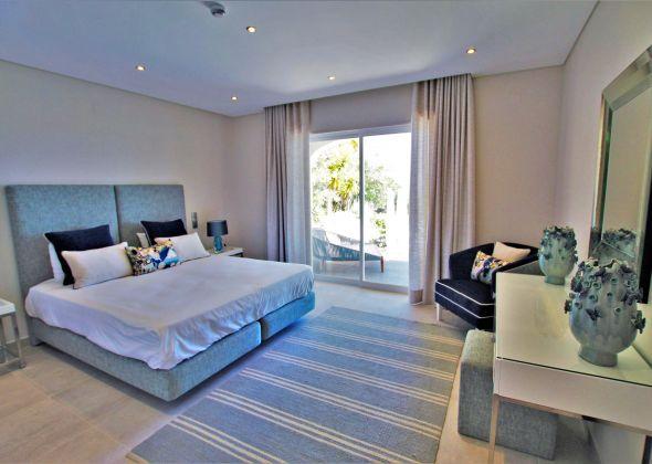 Villa Atlantico, 43 Encosta do Lobo ground floor double bedroom