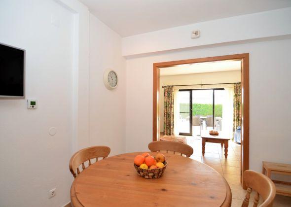 Villa Loro, 603 Dunas kitchen-dining