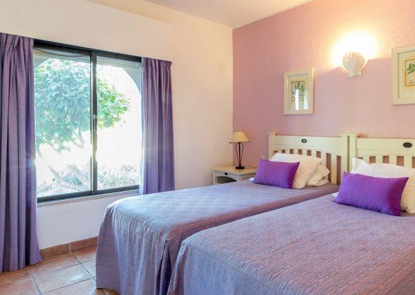 Dunas Douradas apartment 303a twin bedroom