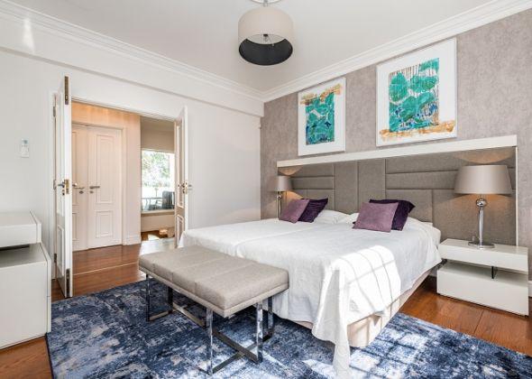 26 val verde (now 11 val verde), twin bedroom