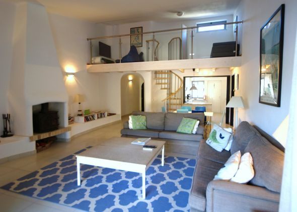 Mimosa 743 vale do lobo living room