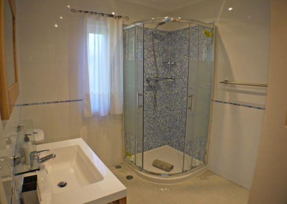 404 dunas douradas shower room
