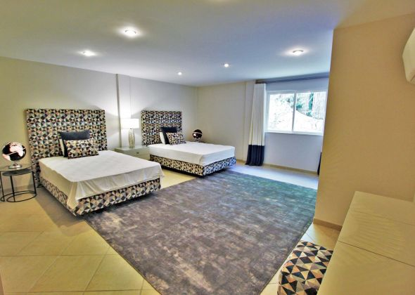 Villa Atlantico, 43 Encosta do Lobo basement twin bedroom