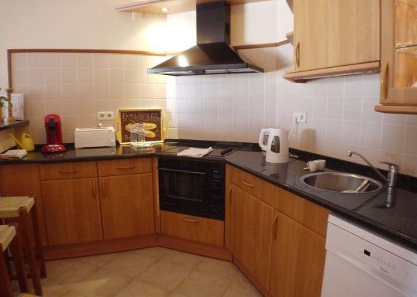 204 val verde kitchen