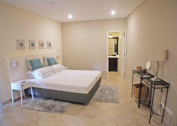109 val verde bedroom
