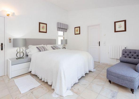 Villa Petra, 407 dunas master bedroom