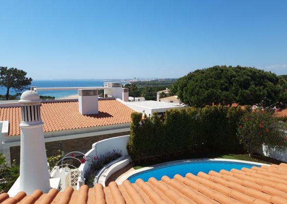 019A Vale do Lobo view