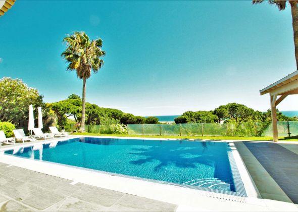 Villa Atlantico, 43 Encosta do Lobo, pool view