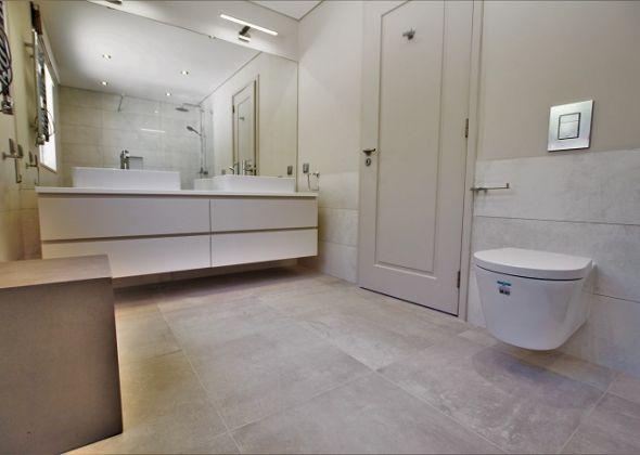 Villa Atlantico, 43 Encosta do Lobo upstairs twin en-suite