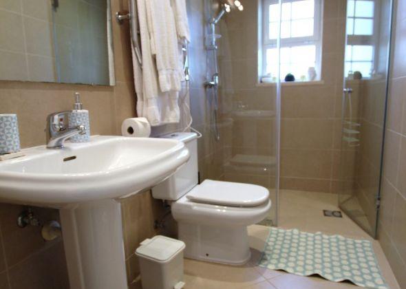 Villa Roselle, 914 Dunas Douradas guest wc
