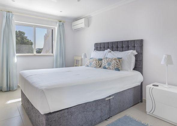 1 Bedroom 203 Val Verde