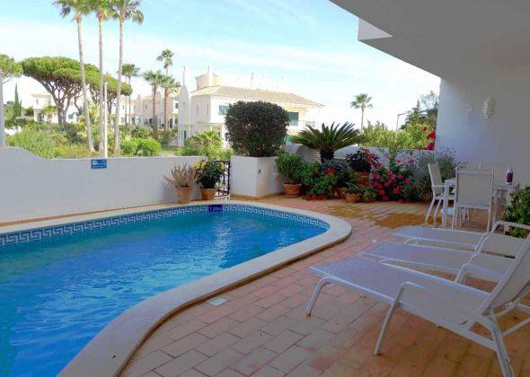 949aa vale do lobo pool terrace
