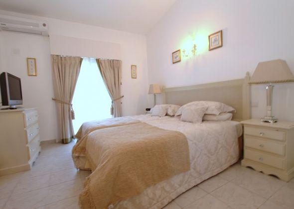 apartment 313d dunas douradas bedroom