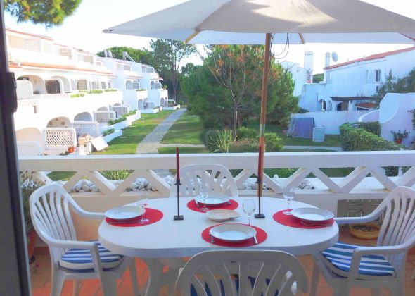 vale do lobo apartment 854d balcony