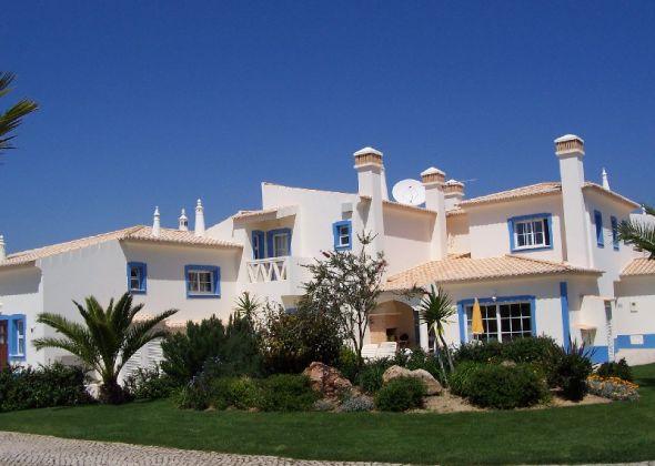 Golf Village Houses, Santo Antonio Villas, Golf & Spa