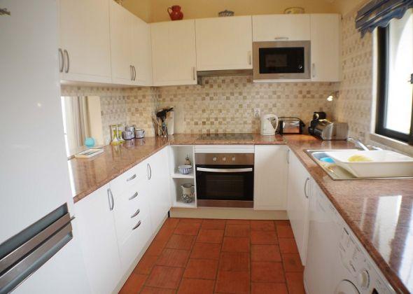 208 dunas douradas kitchen