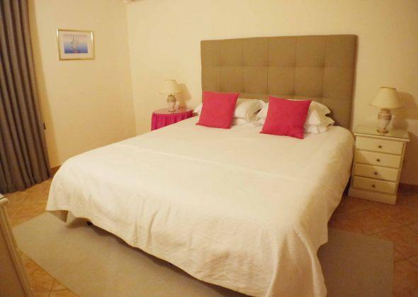 879ab vale do lobo master twin bedroom