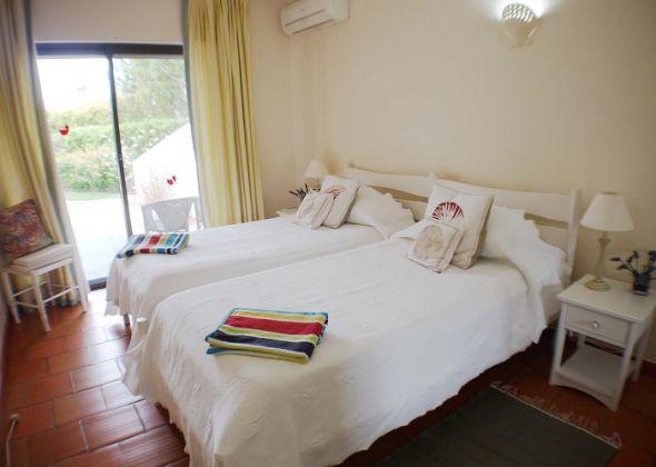 208 dunas douradas bedroom