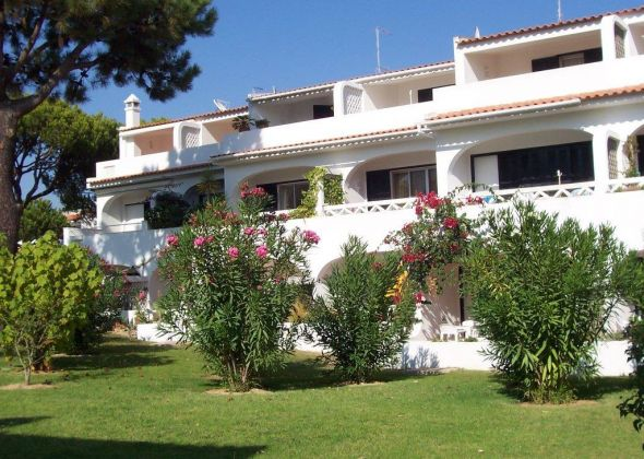 vale do lobo apartments